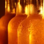 Uruguay tiene siete veces  más expendios de alcohol por habitante que la región