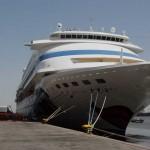 Por primera vez, turistas uruguayos y extranjeros abordan un crucero desde el Puerto de Montevideo