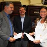 """Mujica entregó los diplomas a """"un ejército"""" de 503 nuevos médicos, egresados de la Udelar"""