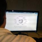 Apagan Wikipedia como protesta a ley SOPA, que limita libertad en la red