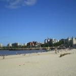 Descubren plomo en playa Ramírez y causa real de la mugre en toda la costa capitalina