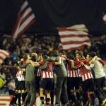 Athletic de Bilbao a octavos tras superar a Lokomotiv