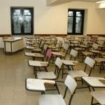 Cada año dejan las aulas 1.000 maestros y sólo se gradúan 600 nuevos