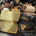 Manifestantes afganos repudian a soldados de EEUU por quemar el Corán