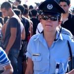 """Madrid: policías femeninas """"tuitearán"""" la acción en el patrullero"""