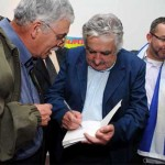 Mujica recibe insumo capital para definir políticas migratorias