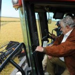 Mujica aspira que arroceros lideren su propia cadena