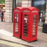 """Las tradicionales cabinas telefónicas de las calles inglesas salen a la venta """"para su casa o jardín"""""""