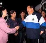 Chávez llegó a Venezuela tras nuevos ciclos de radioterapia en Cuba