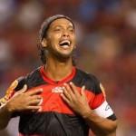 Ronaldinho podría dejar el Flamengo por las críticas que recibe