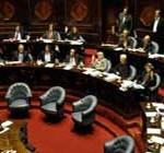 Oficialistas y oposición enfrentados por asistencia de ministros al Parlamento
