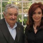"""Satisfacción oficial por resultados de visita """"exprés"""" de Mujica a Cristina en Olivos"""