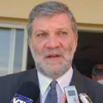 Ministro Kreimerman visita Australia e invita a los inversores mineros