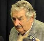 """Mujica: """"No es sólo clink, caja, también hay que cumplir una función social"""""""