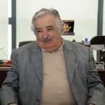 Mujica fue a comprar tapa de inodoro: terminó motivando club de fútbol