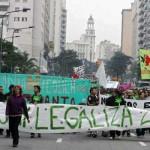 Uruguayos marchan a favor del autocultivo en el día mundial por la legalización