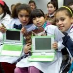 Sistema inédito permitirá aprender inglés a escolares y maestros juntos