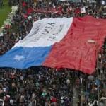 Miles de estudiantes volvieron a inundar la Alameda de Santiago de Chile, un año después