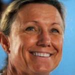 Penny Palfrey nada fuerte hacia record mundial de maratón acuática: ya alcanzó la mitad del tramo Cuba – Florida
