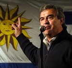 Larrañaga busca afirmar su candidatura entre los blancos fustigando a Mujica