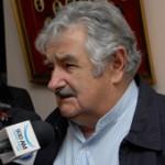 Mujica anunció en Melo que podría instalarse tercera planta de celulosa