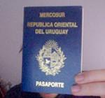 Uruguayos residentes en el extranjero podrán tramitar pasaporte en los consulados