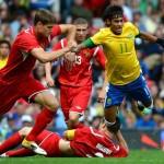 Brasil pasa a cuartos al vencer a Belarús con genialidades de Neymar