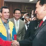 """Chávez y Capriles en campaña: entre los pobres de la tierra y el """"corazón de Venezuela"""""""