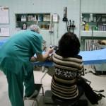 """En tres días más, España dejará sin médico a 12 mil uruguayos """"sin papeles"""""""