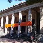 El sindicato y la dirección de la Biblioteca Nacional, a las piñas