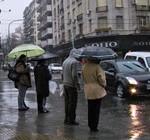 Buenos Aires bajo diluvio que amenaza a Uruguay
