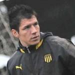 Llueven críticas contra Bologna, el nuevo arquero argentino de Peñarol