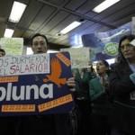 Ex empleados de Pluna protestan en Aeroparque de Buenos Aires