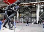 Estatua gigante recrea el cabezazo de Zidane