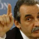 Ministro Argentino Guillermo Moreno insultó a manifestantes en la puerta de su casa