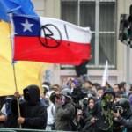 Estudiantes chilenos vuelven a demostrar su fuerza en multitudinaria manifestación por las calles de Santiago