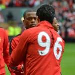 Mano a mano de Luis Suárez y Evra, pero el Manchester hundió al Liverpool