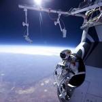 Felix Baumgartner busca la hazaña de romper barrera del sonido en caída desde 36 kilómetros de altura