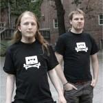 """The Pirate Bay """"cae"""" de Internet mientras la policía allana sus servidores, compartidos con WikiLeaks"""