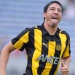 Peñarol vence 4 a 2 a Cerro Largo y accede a la punta de Apertura