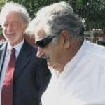 Mujica no se desanima porque López Mena no quiera los aviones de PLUNA