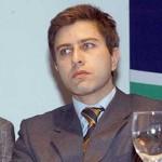 PLUNA: director blanco en el BCU demanda supervisión por aval bancario del BROU a COSMO