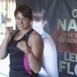 Chris Namús  vs Lely Luz Flores, El Bombón vs La Roca