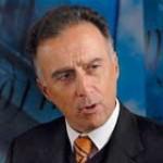 """Presidente del BROU: """"Quienes me acusan son carcamanes de nulos méritos"""""""