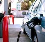 Gobierno analiza rebaja transitoria de combustible y congelar suba de UTE