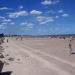 Intendencia de Montevideo habilitó Playa Carrasco para baños recreativos