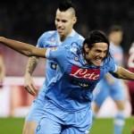 A sus pies: Cavani lidera la tabla de artilleros en el calcio italiano