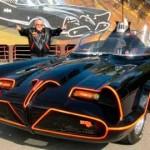 Fanático de Batman paga U$S4,6 millones por el primer Batimóvil original