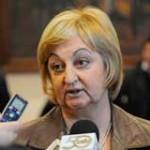 Ministra de Turismo descarta evaluar la temporada en la primera semana de 2013
