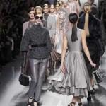 Desfiles de moda masculina en París comienzan con Saint Laurent